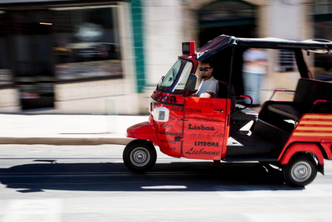 Tuktuk Lisboa Lisbon Lissabon Portugal Blog | unephotodeceline