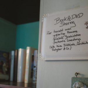 Bücherschrank Café Test Ulm Blog Serie coffeehäusle Naschkatze unephotodeceline