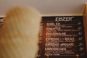 Eis Eiszeit Eisdiele Café Test Ulm Blog Serie coffeehäusle Pano unephotodeceline