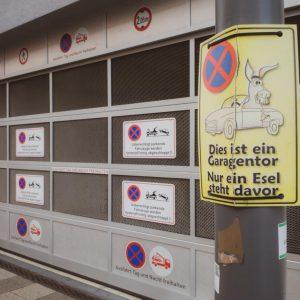 Schilderwald Parken verboten Café Test Ulm Blog Serie coffeehäusle Naschkatze unephotodeceline