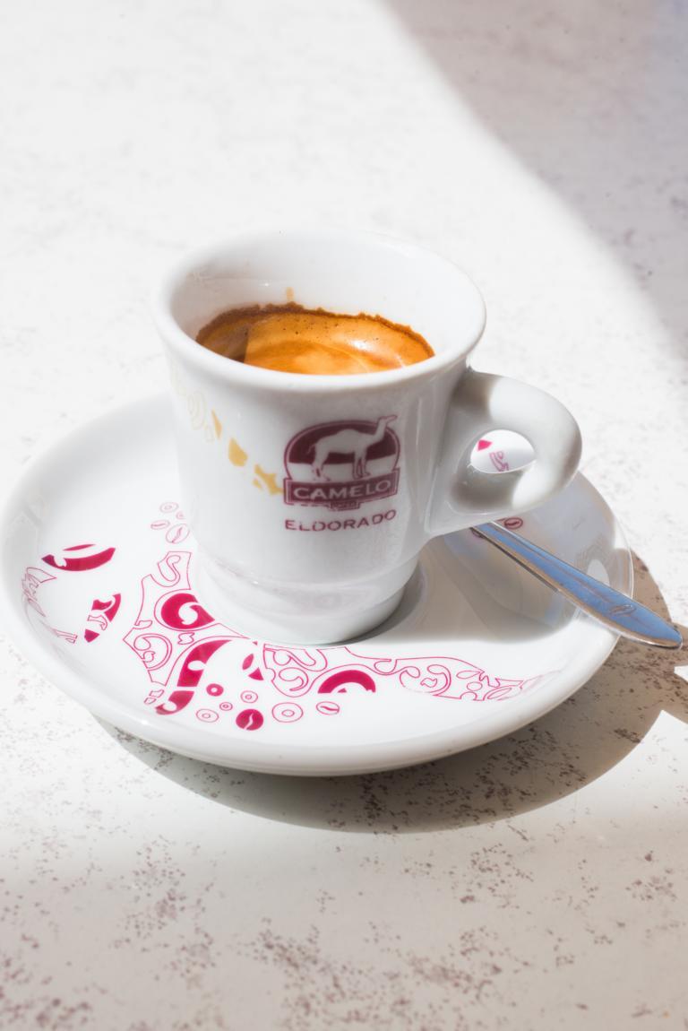 cafe Faro Portugal Algarve Blog | unephotodeceline
